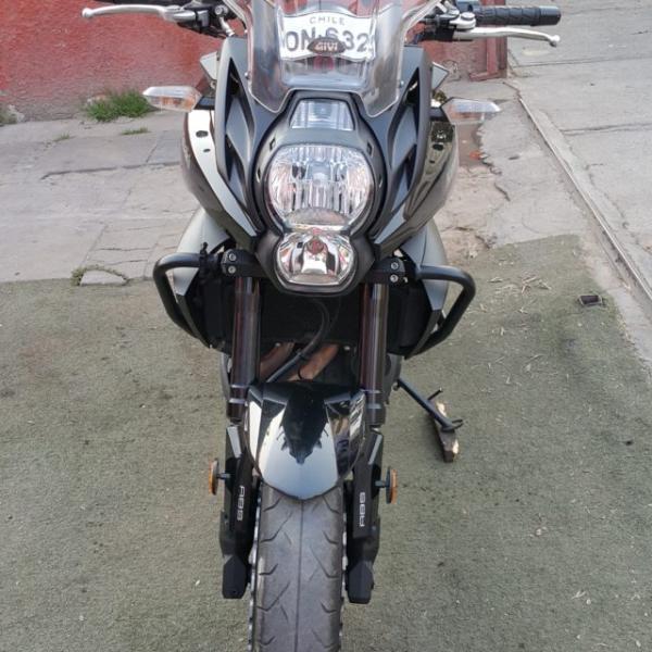 Kawasaki Versys 650cc $5.350.000 año 2014