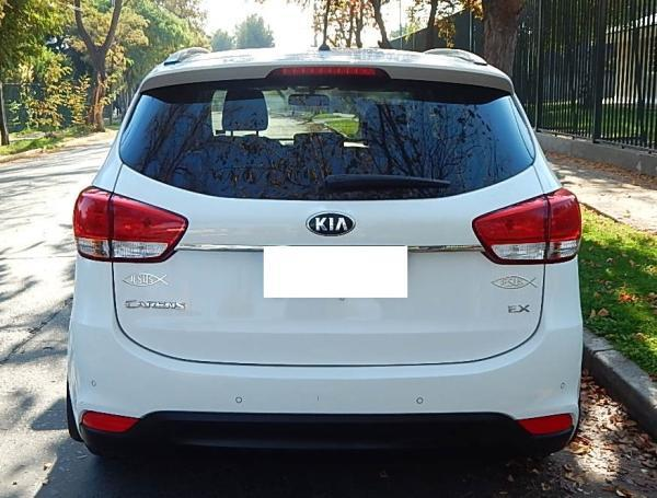 Kia Carens 588 KIA MOTORS CARENS EX año 2014