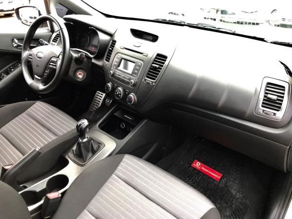 Kia Cerato SX 1.6 año 2015
