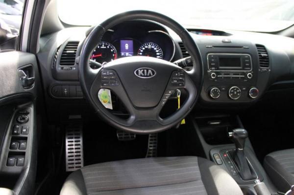 Kia Cerato SX 1.6 AT año 2015