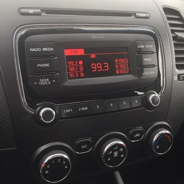 Kia Cerato EX 1.6 año 2017