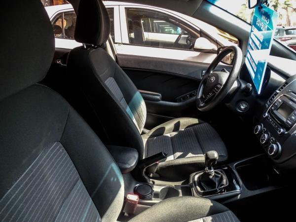 Kia Cerato EX 1.6 MT año 2018