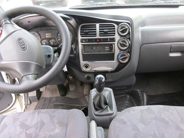Kia Frontier II 2.5 año 2009