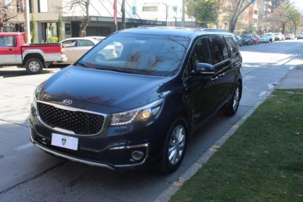 Kia Grand Carnival LIMITED año 2016