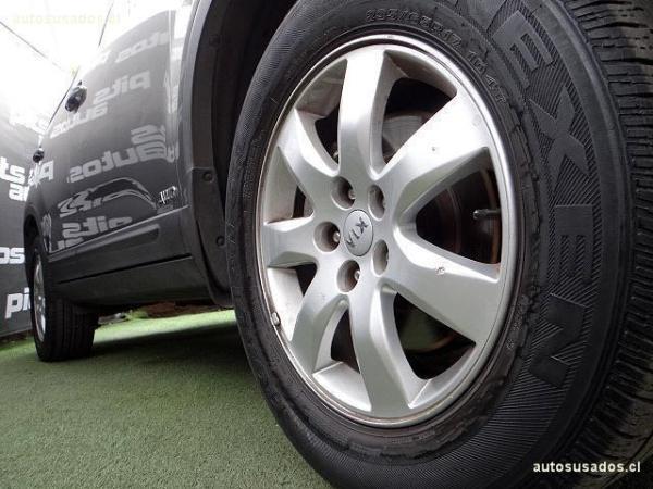 Kia Sorento EX 2.4 4x4 airbags abs año 2012