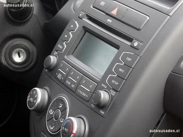 Kia Soul LX DAB 1.6 año 2012