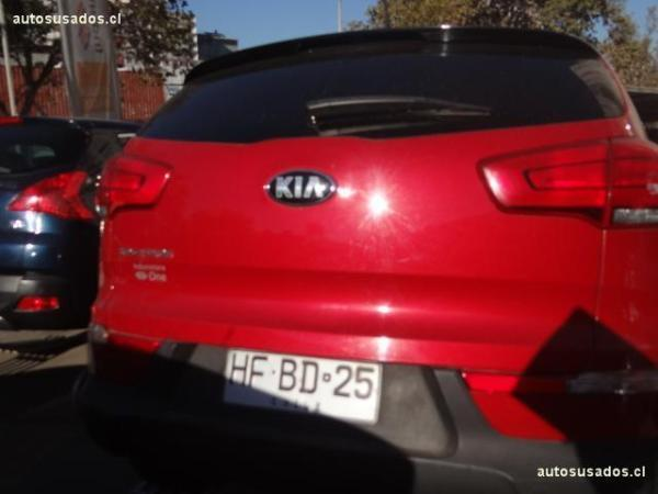 Kia Sportage LX 4X4 2.0 AT año 2015