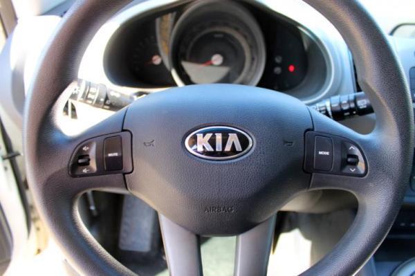 Kia Sportage LX GLS 2.0 año 2015