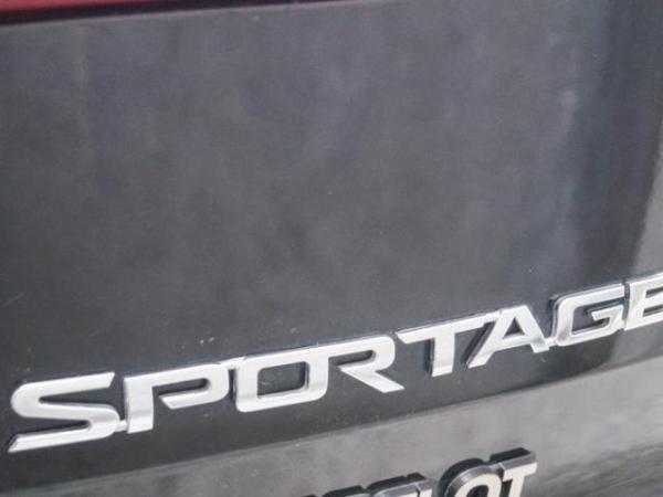Kia Sportage 2.0 LX año 2015