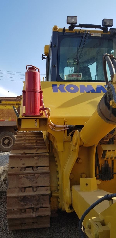 Komatsu D155 AX-6 / 3B008 5.735 Horas año 2013