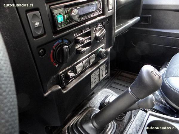 Land Rover Defender diesel año 2015