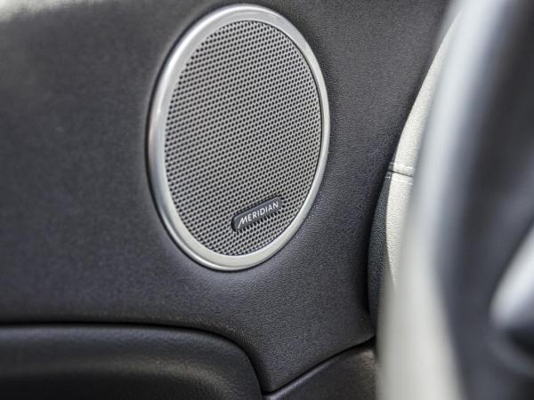 Land Rover Evoque SE 2.0T AWD año 2018