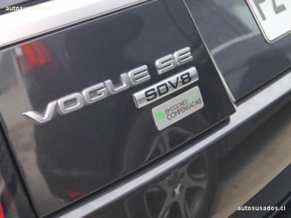 Land Rover Range Rover VOGUE SDV8 año 2013