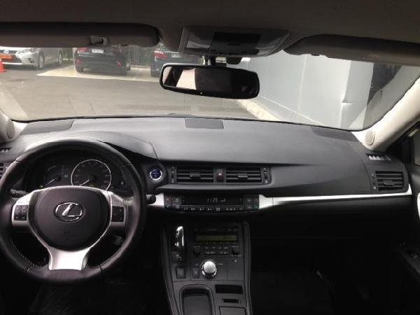 Lexus CT200h 1.8 EV HB año 2013