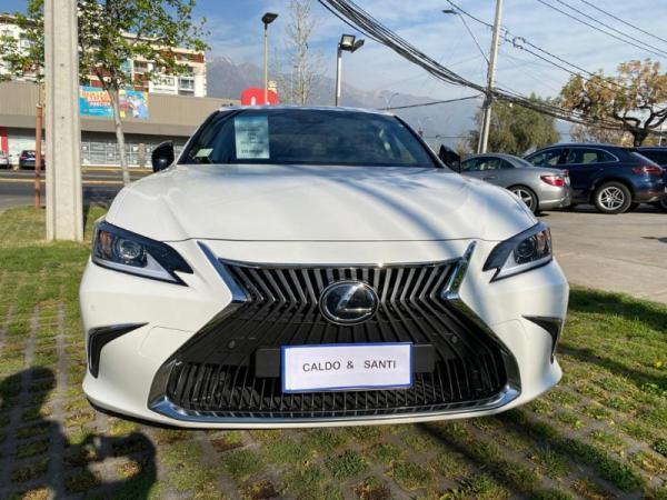 Lexus ES 250 ES 250 2.5 AT año 2020