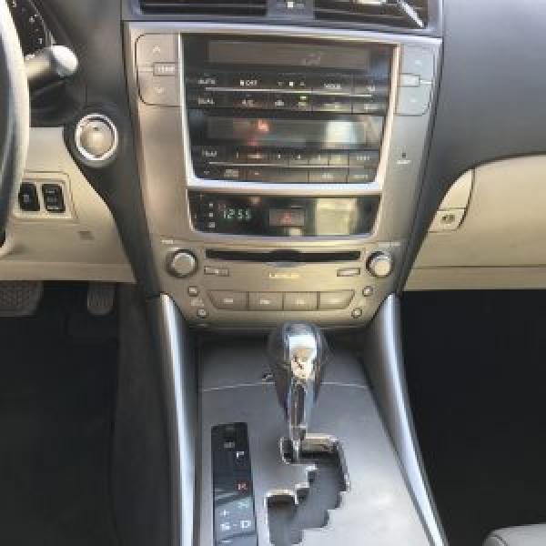 Lexus IS250 Turismo Sedan año 2011