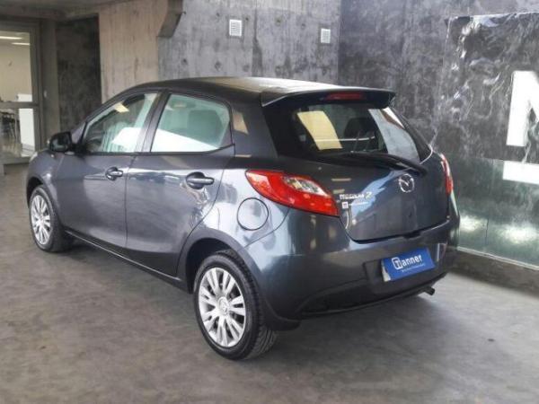 Mazda 2 1.5 año 2011