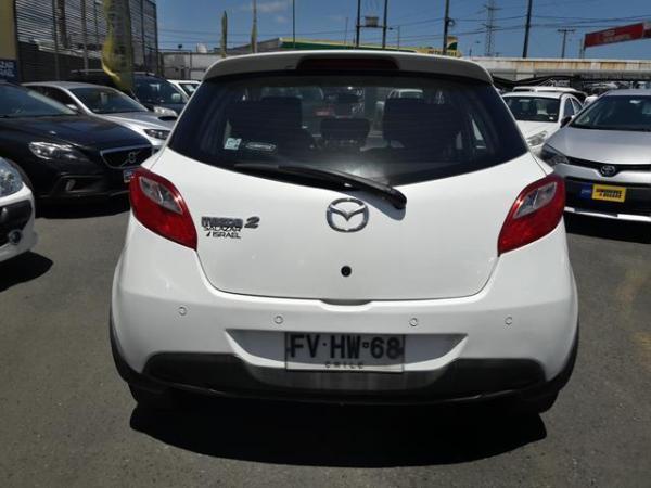 Mazda 2 2 Sport V Hb 1.5 año 2013