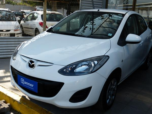 Mazda 2 1.5 MT año 2015
