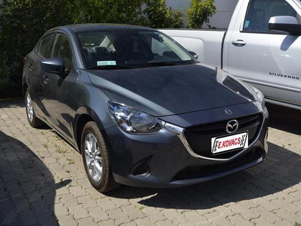 Mazda 2 skyactive 016 año 2016