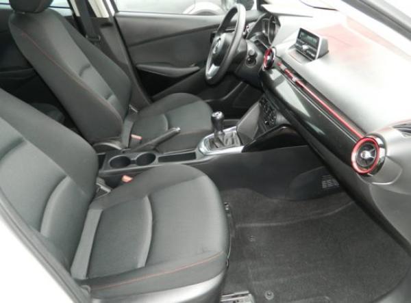 Mazda 2 V año 2016