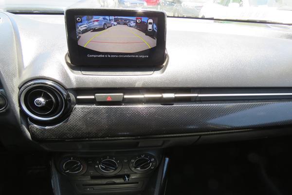 Mazda 2 V año 2018