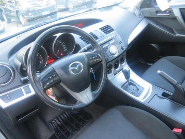 Mazda 3 1.6 SEDAN año 2010