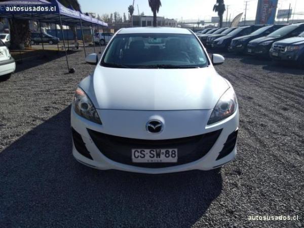 Mazda 3 sedan año 2011
