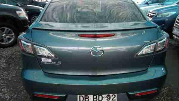 Mazda 3  año 2011