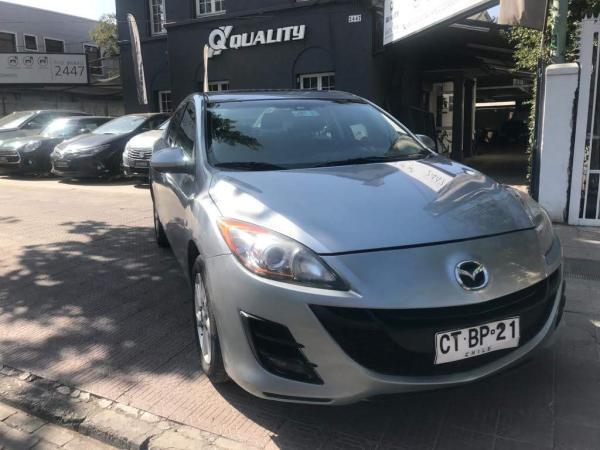 Mazda 3 1.6 sedan . año 2011
