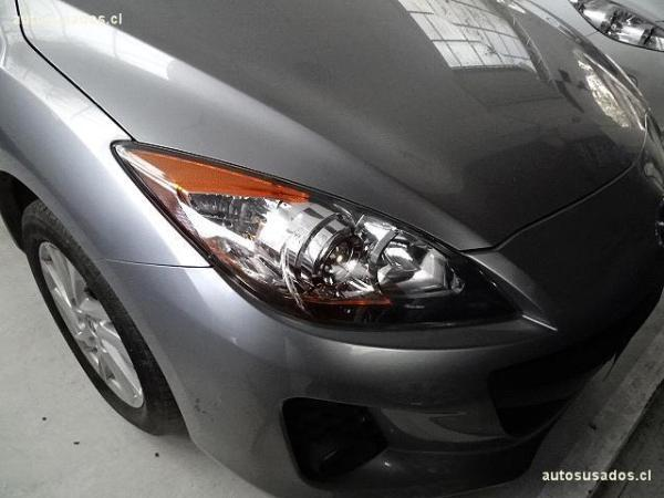Mazda 3  año 2012