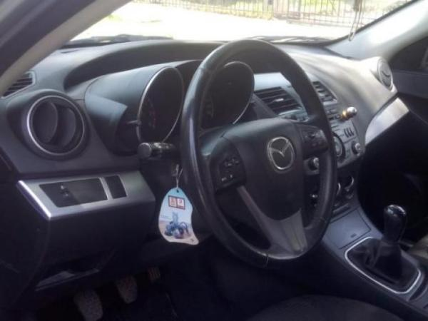 Mazda 3 SPORT 1.6 año 2013