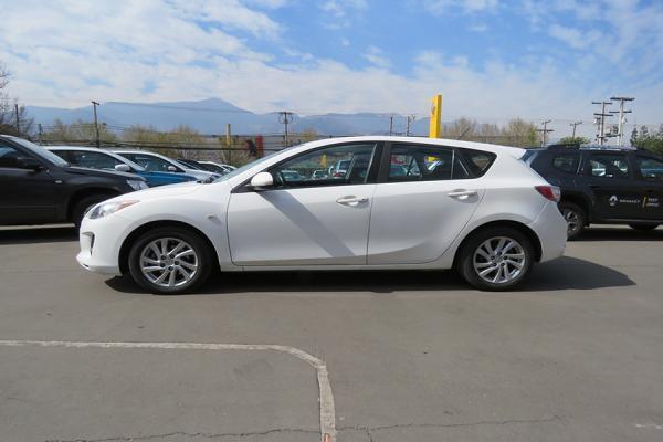 Mazda 3 SPORT año 2013