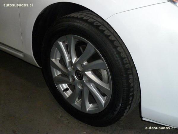 Mazda 3 HB SPORT año 2013