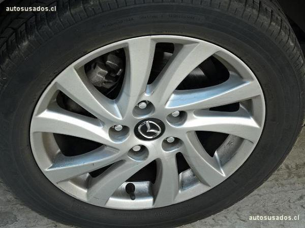 Mazda 3 SPORT año 2014