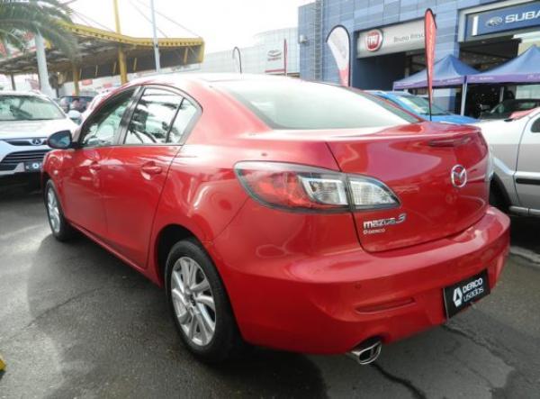 Mazda 3 V año 2014