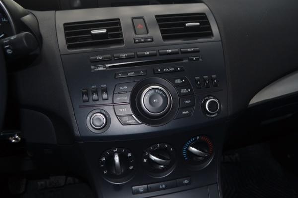 Mazda 3 SPORT V 1.6 MT año 2014