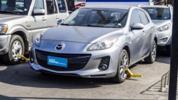 Mazda 3 2.0 SPORT V año 2014