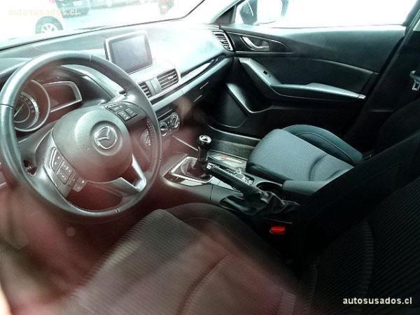 Mazda 3 2.0 año 2015