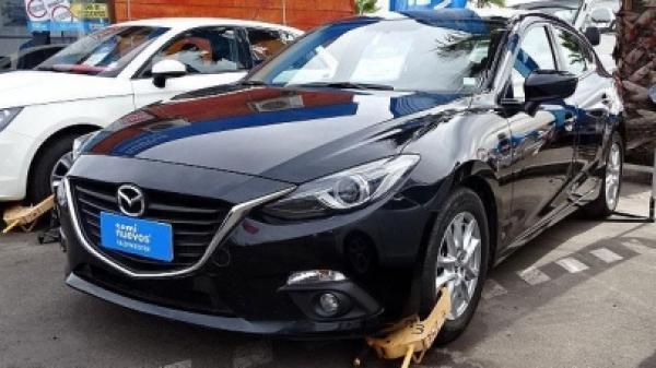 Mazda 3 AT año 2015