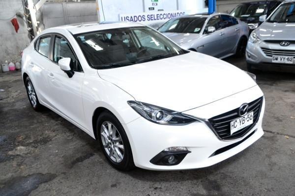 Mazda 3 SEDAN año 2015