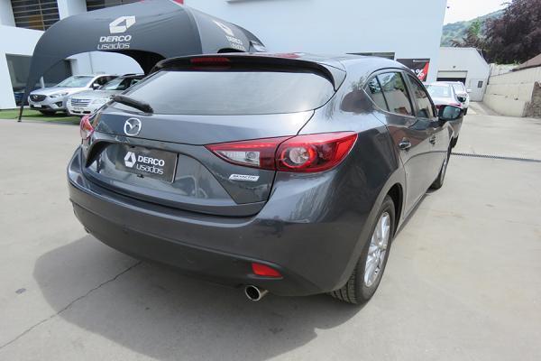 Mazda 3 V año 2016