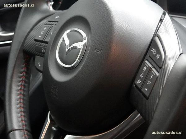 Mazda 3 sedan S AT año 2016