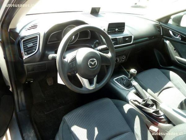 Mazda 3 SKYACTIV año 2016