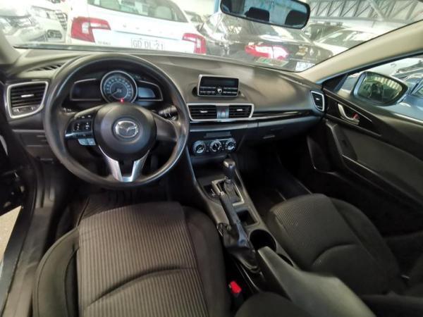 Mazda 3 1.6 año 2016