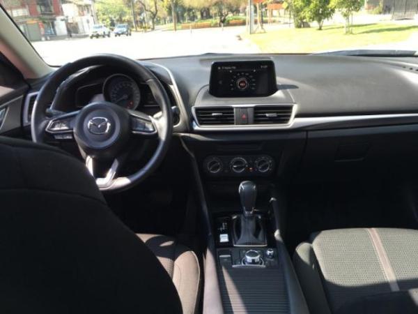 Mazda 3 2.0 SKYACTIVE año 2017