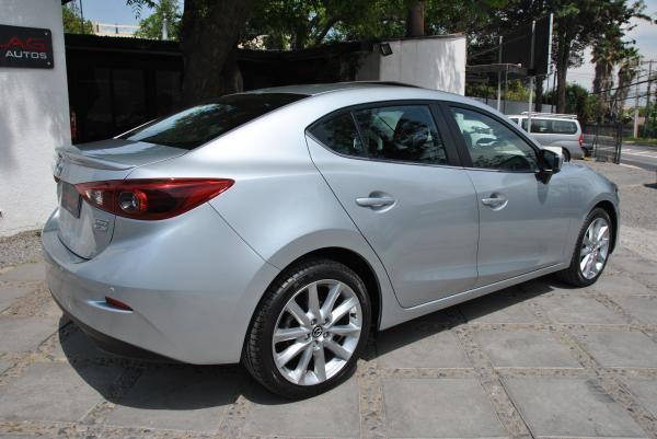 Mazda 3 GT 2.5 año 2017