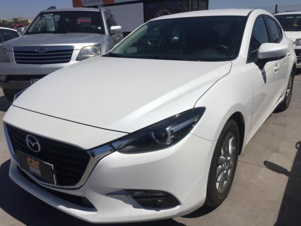 Mazda 3 2.0 MT año 2017
