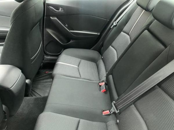 Mazda 3 NEW MAZDA 3 SDN 2.0L 6MT año 2018