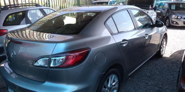 Mazda 3V  año 2012